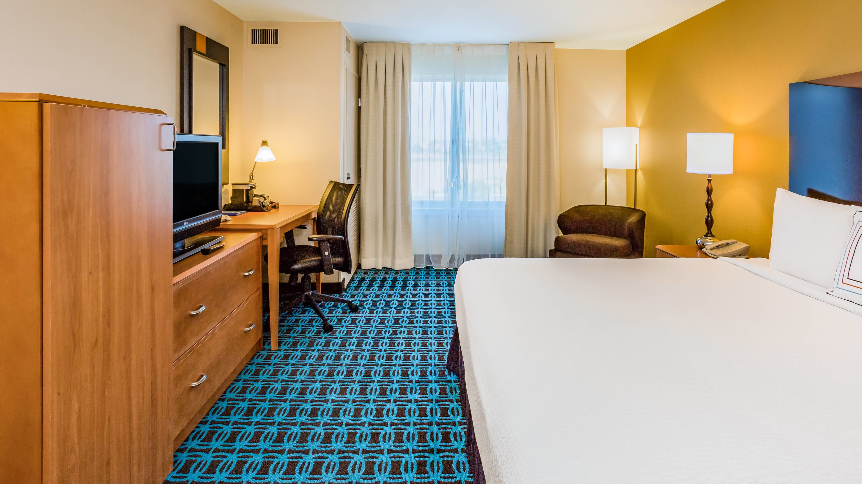 modtl-guestroom-0044-hor-wide